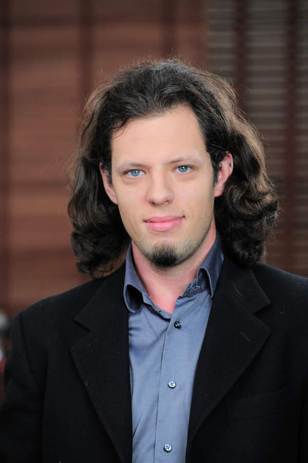 """Mikołaj Radwan - jak teraz wygląda aktor z serialu """"Tata, a Marcin powiedział...""""?"""