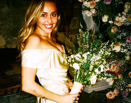 Miley Cyrus podzieliła się z fanami niepublikowanymi zdjęciami ze ślubu!