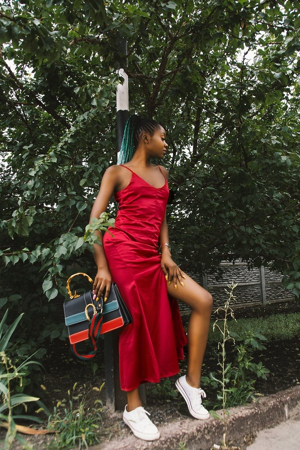 moda, co pasuje do koloru czerwonego?