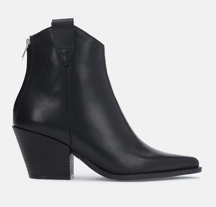 Najmodniejsze buty na wiosnę 2021 w stylu Agnieszki Woźniak-Starak