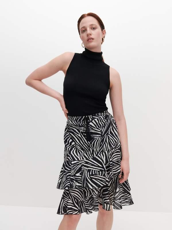 najmodniejsze-spodnice-w-stylu-boho-na-lato-2020-stylowe-modele-znajdziesz-w-reserved-zara