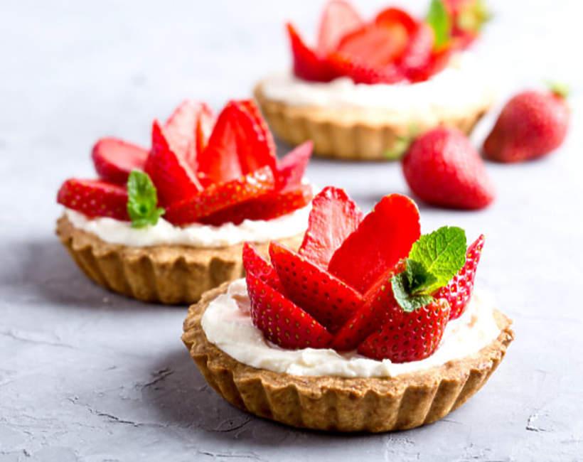 najpiękniejsze desery z truskawkami