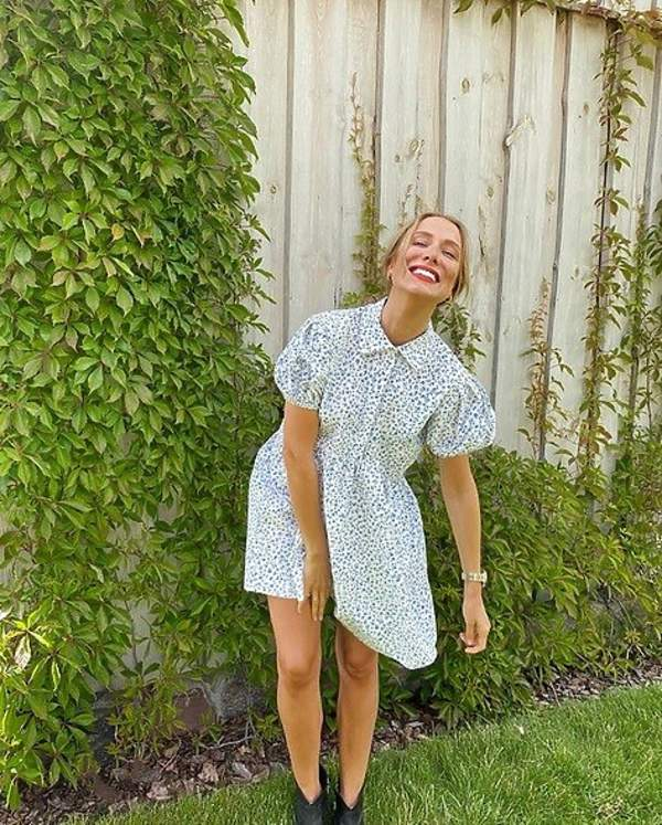 natalia-klimas-w-modnej-sukience-w-kwiaty-na-lato-2020