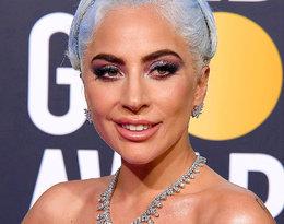 Lady Gaga w niebieskich włosach na czerwonym dywanie!