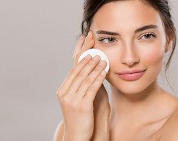 Sztuka demakijażu. Poznaj kilka zasad, dzięki którym wybierzesz idealny kosmetyk dla swojej cery