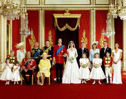Te fotografie przeszły do historii. Zobacz oficjalne portrety ślubne rodziny Windsorów