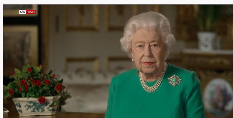 OrędzieOrędzie królowa Elżbieta II królowa Elżbieta II