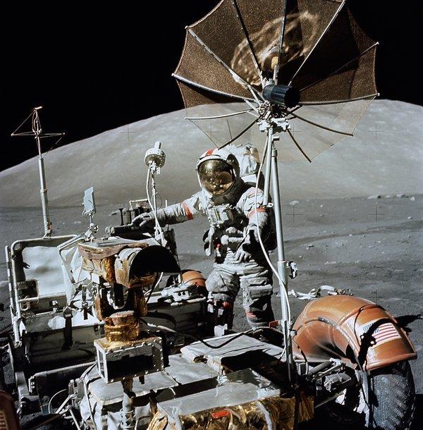 ostatni człowiek na księżycu