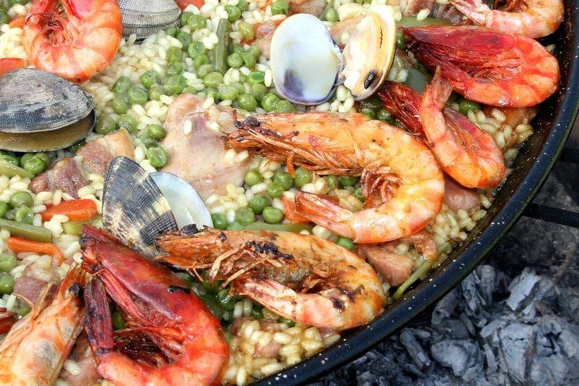 Paella - co zjeść w Hiszpanii?