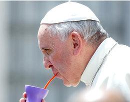 """""""Nie całujcie mnie w pierścień!"""". Papież Franciszek mistrz ubóstwa!"""