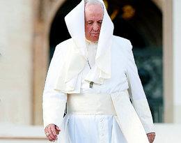 Papież Franciszek uderzył kobietę. Teraz przeprasza za swój czyn