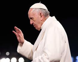 """Papież Franciszek zaszczepi się przeciw Covid-19. """"Zetycznego punktu widzenia wszyscy powinni"""""""