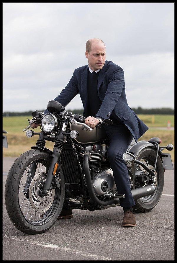 Pasja księcia Williama, motocykle księcia Williama