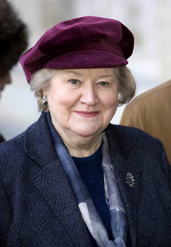 Patricia Routledge, Hiacynta Bukiet(Bucket) 2006 rok