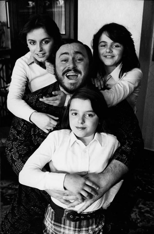 pavarotti z córkami