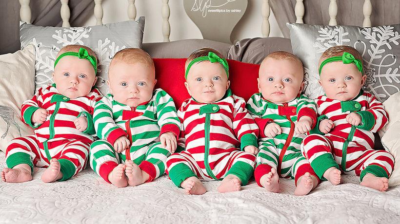 Pięcioraczki, świąteczna sesja