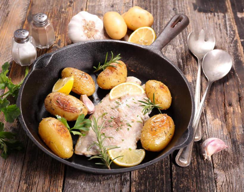 Pieczona ryba z ziemniakami