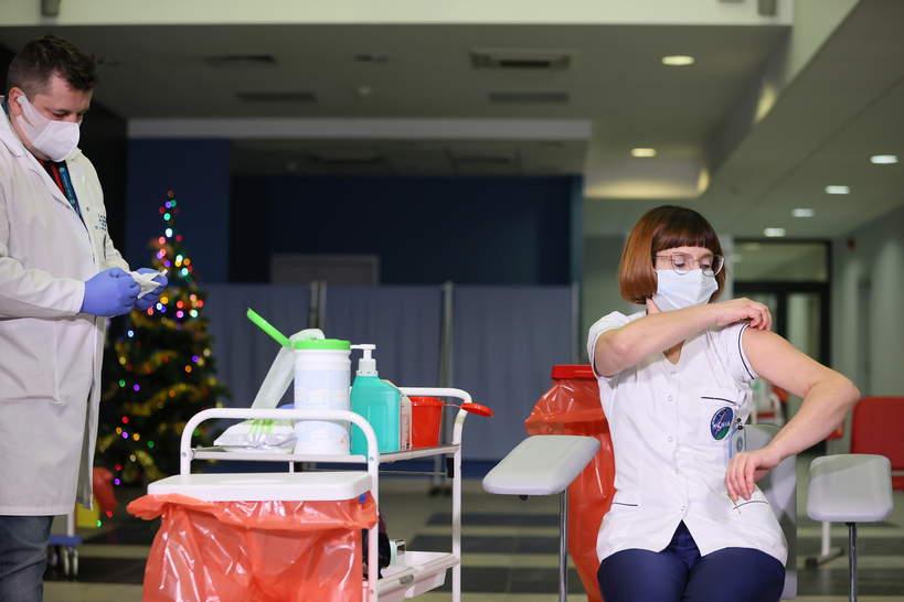 Pierwsze szczepienie na koronawirusa w Polsce, Pielęgniarka pani Alicja
