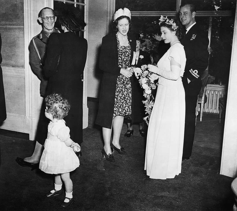 Pierwsze zdjęcie Elżbiety II i księcia FIlipa