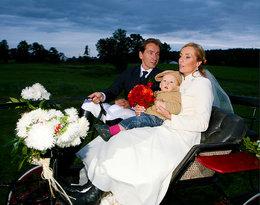 Mija dwanaście lat od wyjątkowego ślubu Karoliny i Piotra Kraśków...