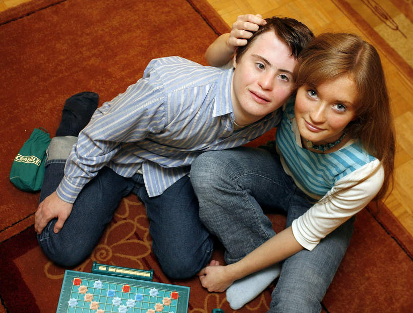 Piotr Swend z siostrą bliźniaczką, 2006 rok