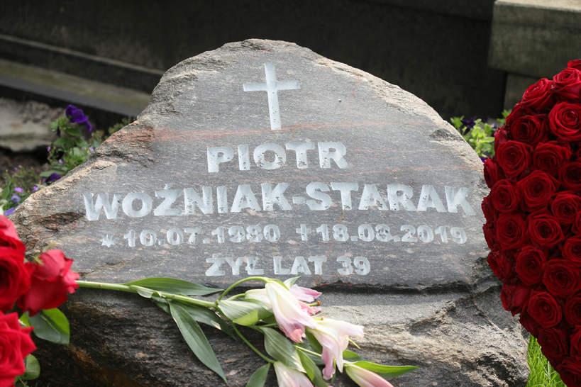 Piotr Woźniak-Starak nagrobek