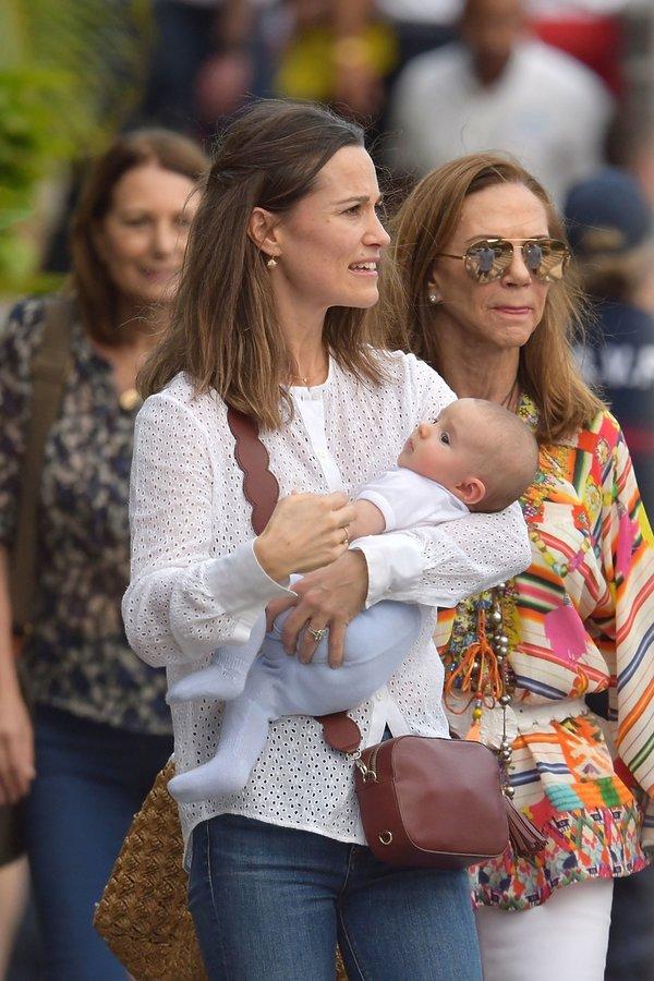 Pippa Middleton z dzieckiem