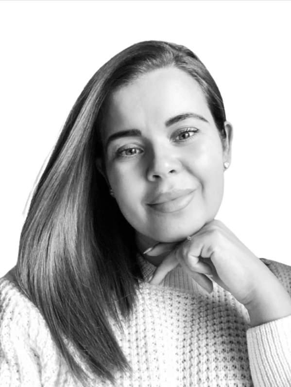 Pisarka Angela Santini