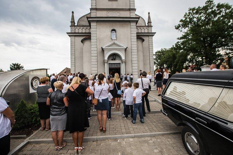 pogrzeb dzieci, które utonęły w Bałtyku