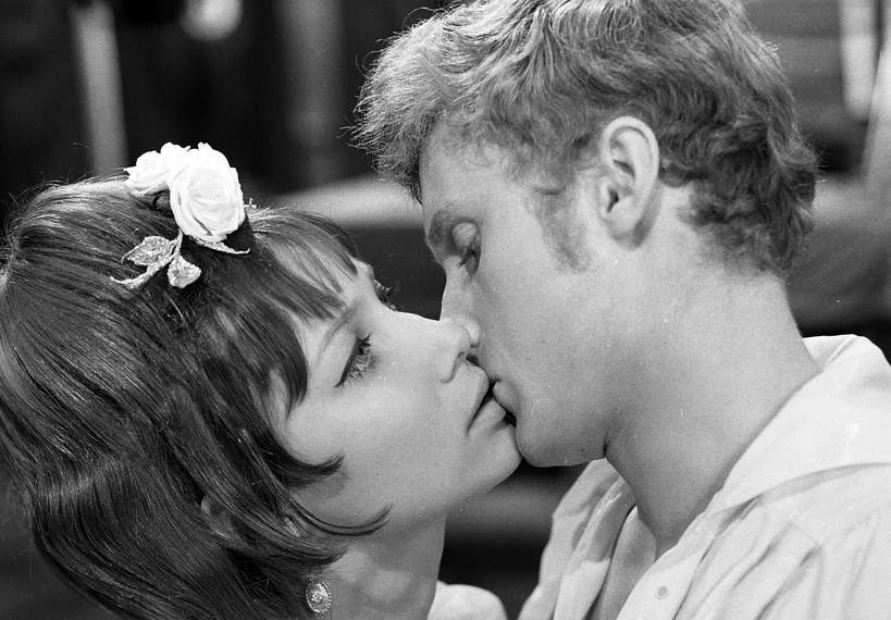 Pola Raksa i Daniel Olbrychski w filmie Popioły 1965