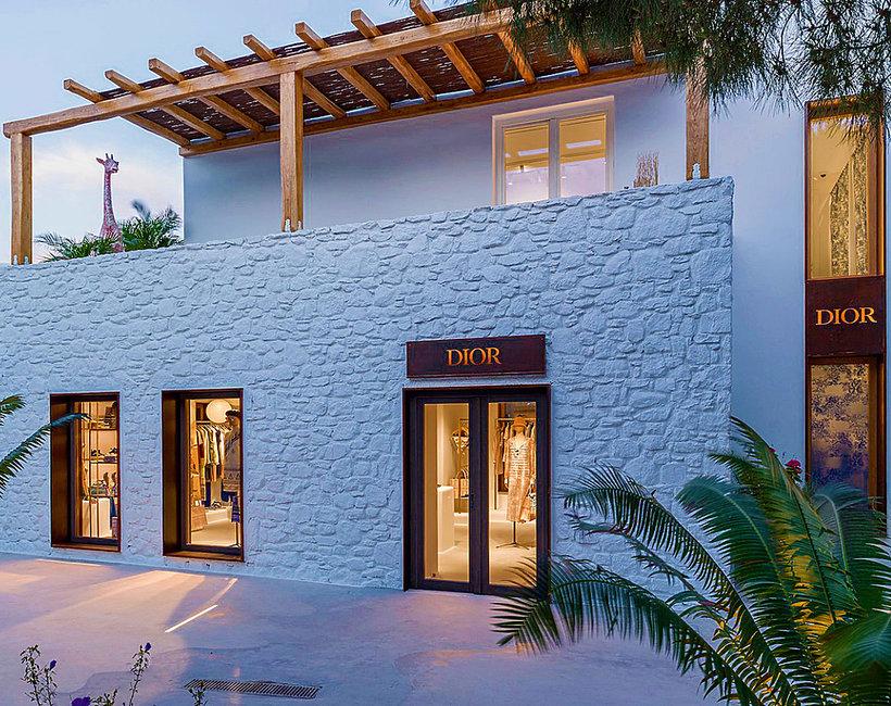 pop-up store marki Dior na Mykonos: Dioriviera