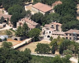 Posiadłość Angeliny Jolie i Brada Pitta, Chateau Miraval