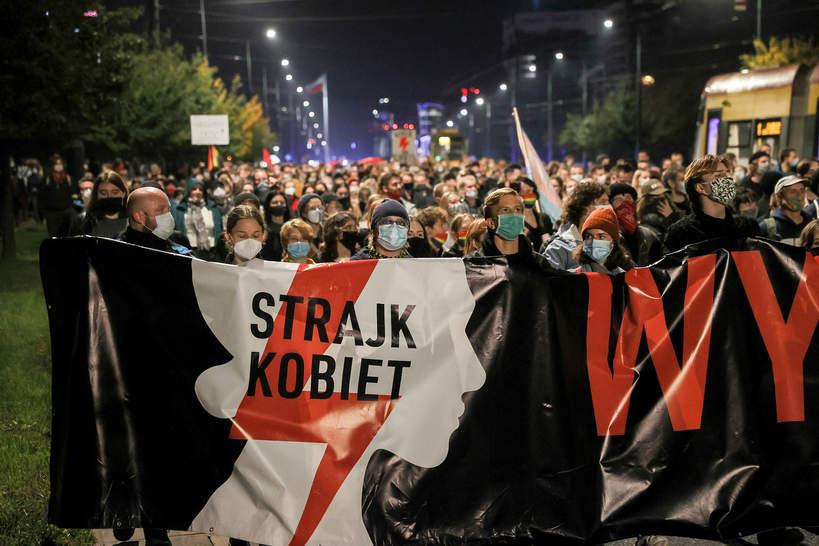 Protesty Strajku Kobiet po wyroku TK ws. aborcji