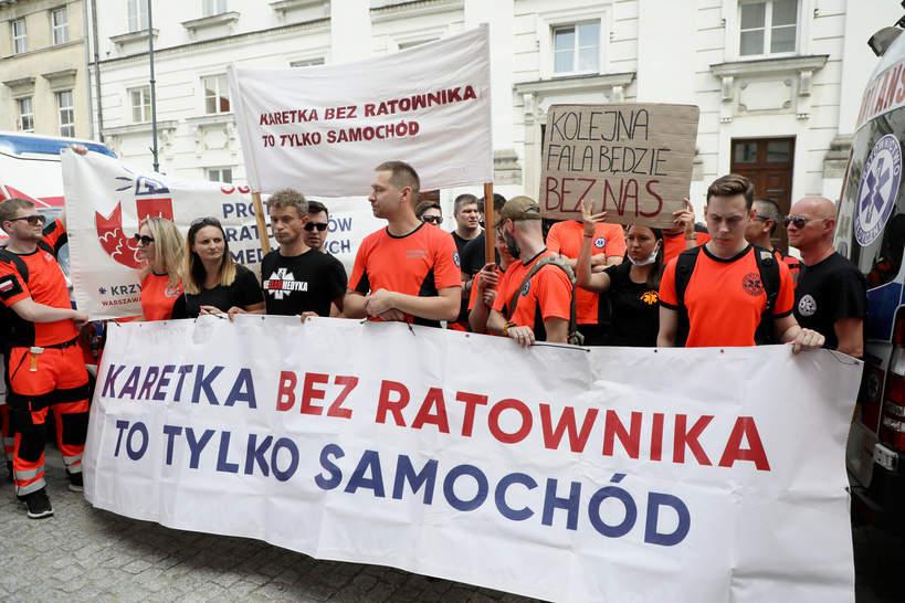 ratownicy medyczni, protest