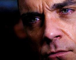 """Robbie Williams po raz pierwszy o swojej chorobie: """"Byli przerażeni, więc natychmiast podjęli za mnie decyzję"""""""