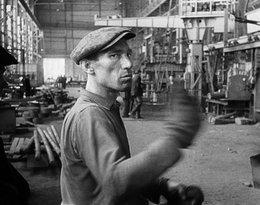 Robotnik w Hucie Warszawa, 1960