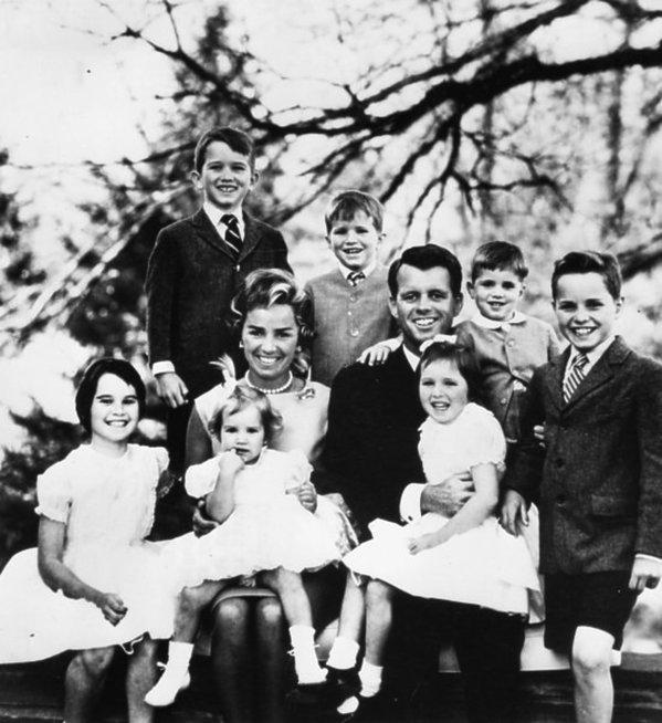 Rodzina Kennedych, Robert Kennedy z dziećmi i żoną