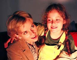 """Pamiętacie córkę serialowej doktor Zosi z """"Na dobre i na złe""""? Sara Muldner w maju skończy 32 lata!"""
