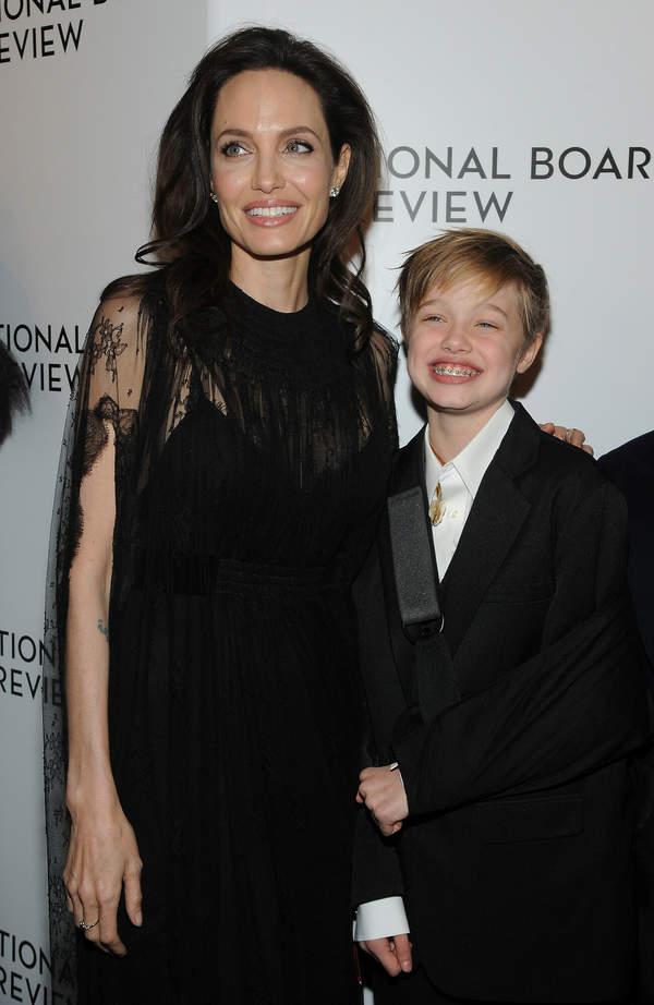 Shiloh Jolie-Pitt, Angelina Jolie, 2017 rok