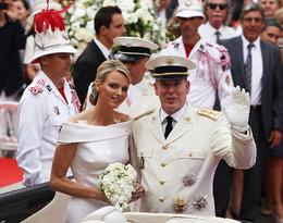 Chciała uciec, a na uroczystości nie kryła łez. Przypominamy ślub księcia Monako z Charlene Wittstock