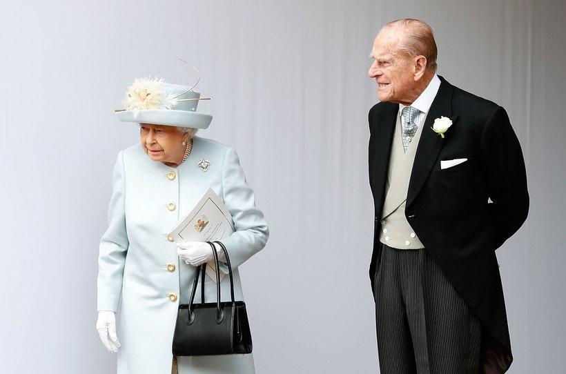 Ślub księżniczki Eugenii: królowa Elżbieta II i książęFilip