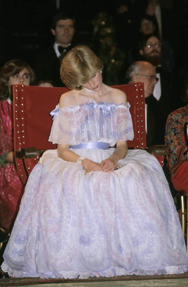 Śpiąca księżna Diana w 1981 roku