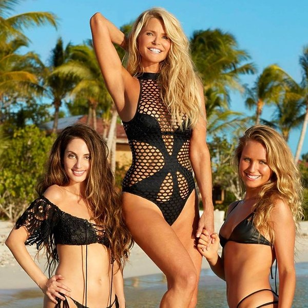 Sports Illustrated Swimsuit Issuet