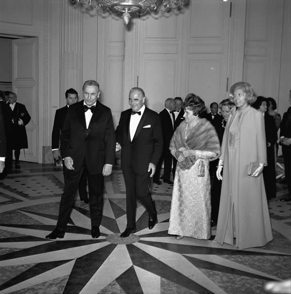 Stanisława i Edward Gierkowie w Paryżu na spotkaniu z Georges'em Pompidou