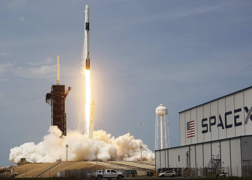 Start rakiety Falcon 9, firma SpaceX