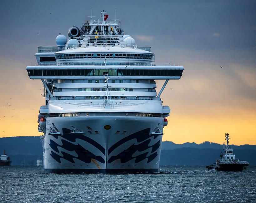 statek wycieczkowy Diamond Princess z koronawirusem