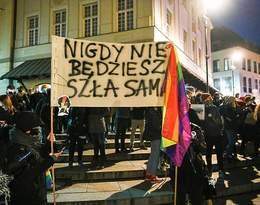 Strajk Kobiet.Na piątkową manifestację do Warszawy przyjechali protestujący z całego kraju