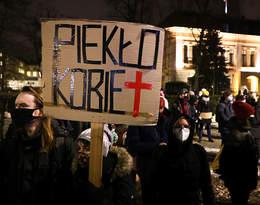 """Ogólnopolski Strajk Kobiet reaguje na uzasadnienie wyroku TK: """"Odbieramy to jako totalną potwarz"""""""