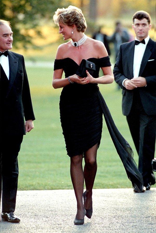 Styl księżnej Diany, księżna Diana w czarnej sukience