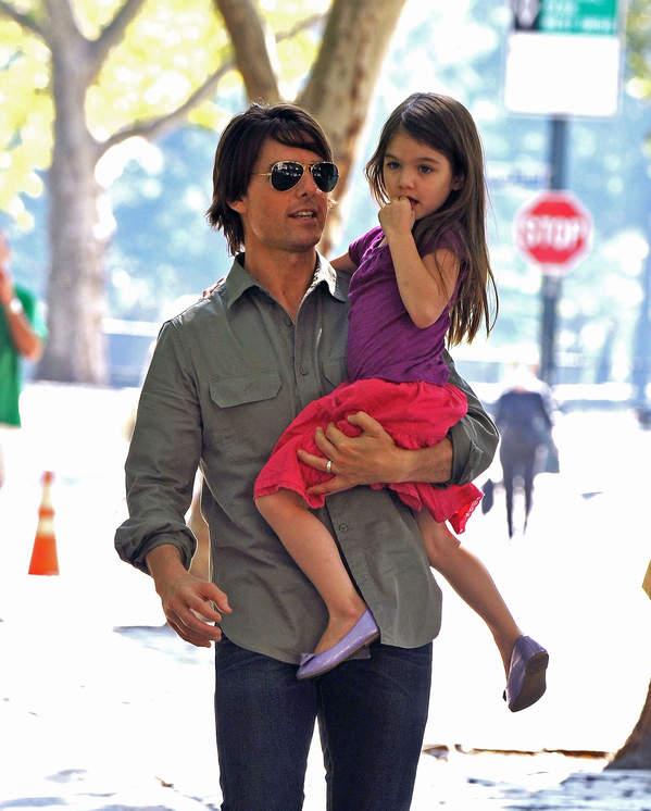 Suri Cruise i Tom Cruise zdjęcia